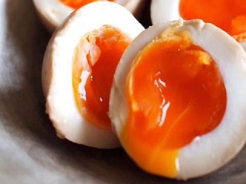 Bí kíp đo độ chín của trứng theo ý muốn