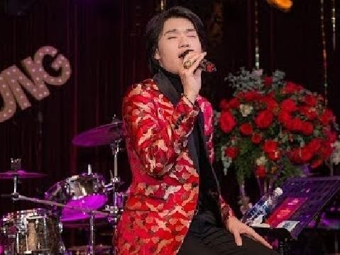 Nghe xong bản cover HongKong 1, phải phong ngay cho Quang Trung làm ca sĩ!