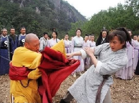 Trương Vô Kỵ 1 mình 'cân' cả lục đại môn phái giải cứu Minh Giáo