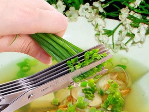 9 dụng cụ làm bếp giúp bạn tiết kiệm thời gian
