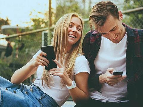 Vỡ bụng với những màn hẹn hò hài hước nhất!