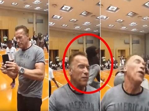 'Kẻ hủy diệt' Arnold Schwarzenegger bị tấn công khi dự sự kiện