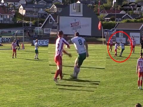 Cầu thủ vô danh ghi bàn bằng Rabona ở khoảng cách không tưởng