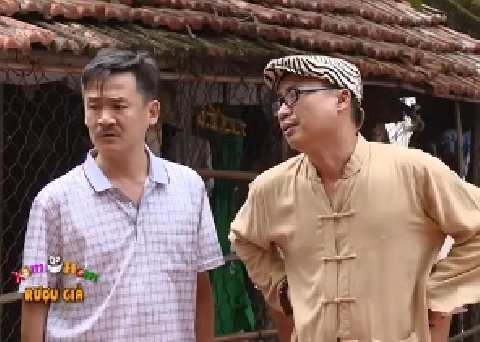 Hài Trung Ruồi, Tú Vịt: Rượu giả