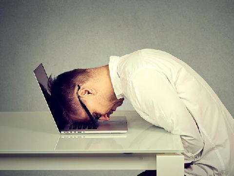 Vì sao bạn ngủ đủ 8 tiếng mỗi ngày vẫn mệt?