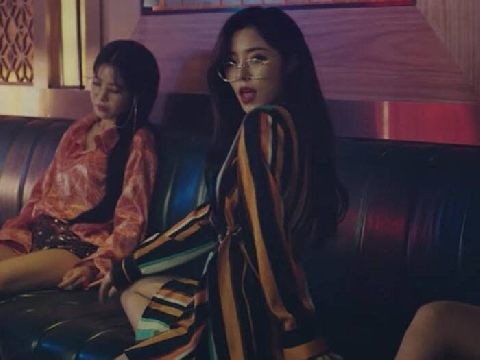 MAMAMOO lại tiệc tùng tưng bừng và gợi cảm trong MV mới ''Gleam''