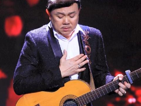 Chí Tài ôm đàn cover Hongkong 1 khiến fans ngây ngất vì quá đỉnh