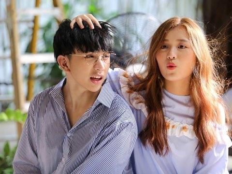 Han Sara và Tùng Maru (Uni5) công khai tình cảm
