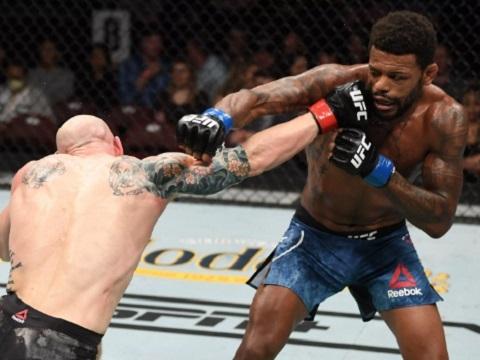 Các pha knock-out MMA đẹp nhất nửa đầu năm 2019 (P3)