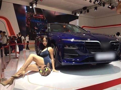 Xuất hiện Can Lộ Lộ phiên bản Việt đại náo Motor Show
