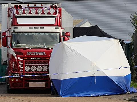 Hiện trường vụ 39 nạn nhân xe tải đông lạnh ở Anh