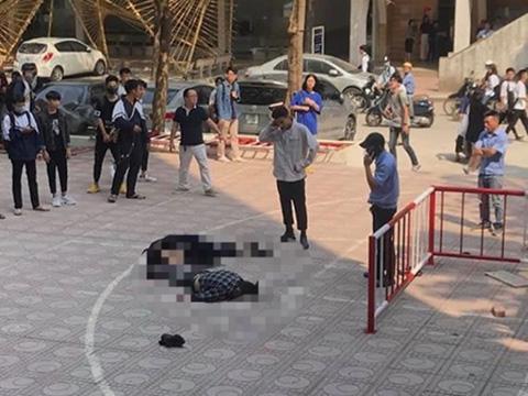 Nam sinh viên bị thương nặng vì người tự tử rơi trúng