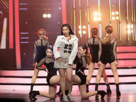 Jennie ''phiên bản Việt'' hát live Solo siêu đỉnh khiến fan K-pop lụi tim