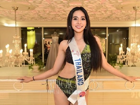 Mãn nhãn với nhan sắc và body nóng bỏng của Tân Hoa hậu Quốc tế 2019