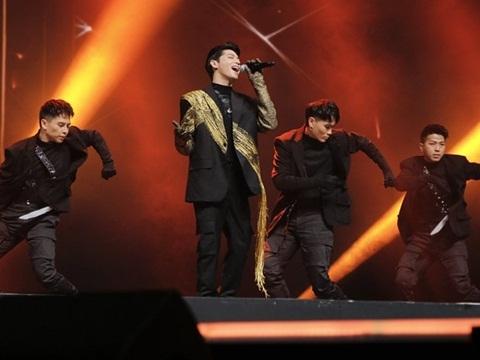 Noo Phước Thịnh bùng nổ với hit mới trước 25.000 khán giả Hàn