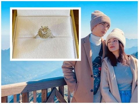 Huỳnh Phương chơi lớn tặng nhẫn kim cương nghìn đô cho Sĩ Thanh