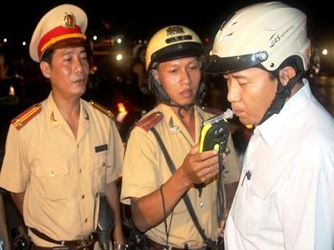 TNGT giảm mạnh khi phạt nặng lái xe uống rượu bia