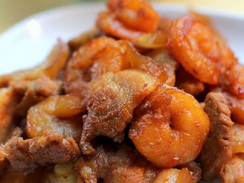 Đậm đà hương vị ngày Tết với món ba chỉ rim tôm khô