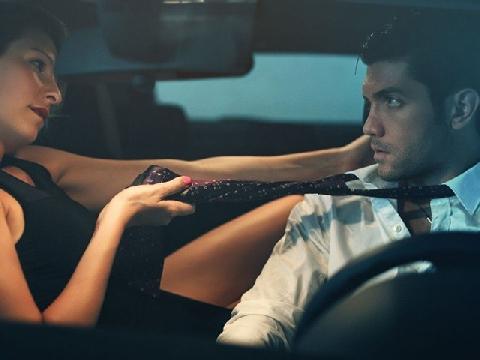 20 dấu hiệu tố cáo bạn là kẻ nghiện chuyện giường chiếu