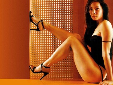 Lucy Liu: Mỹ nhân gốc Á đi lên từ phim nóng, nổi danh Hollywood nhờ phim hành động