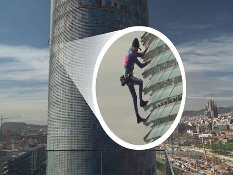 Tay không leo tòa nhà 145m trong 25 phút
