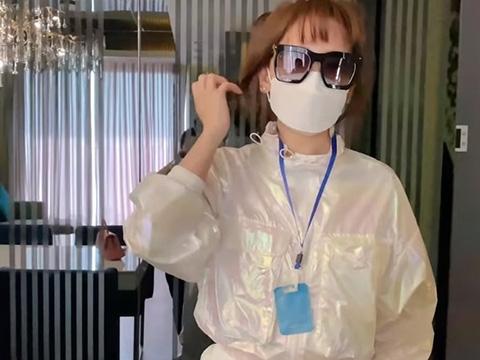 Khó đỡ với bà dọn vệ sinh Hari Won khiến Trịnh Thăng Bình méo mặt