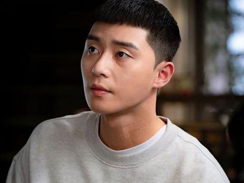 Park Seo Joon khoe mặt mộc khiến fan 'bấn loạn'