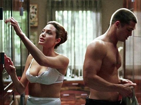 Angelina Jolie không mặc nội y để quyến rũ Brad Pitt khi đóng chung