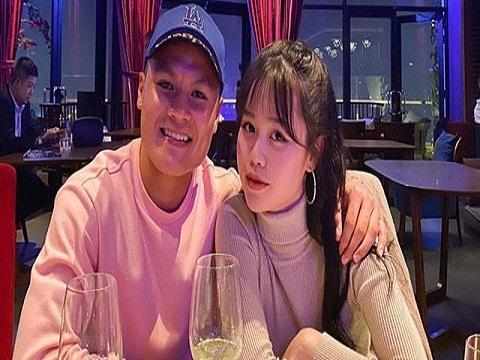 Quang Hải công khai hẹn hò Huỳnh Anh