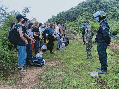 Có ngăn được nạn xuất nhập cảnh ''chui'' qua biên giới