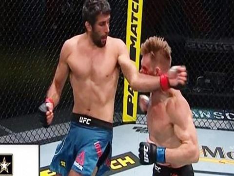 Võ sĩ MMA dùng 'siêu trí tuệ' hạ knock-out đối thủ