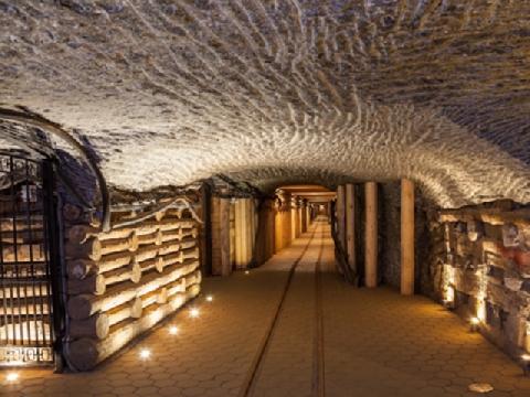 Mỏ muối ở Wieloczka - thế giới ngầm kỳ ảo dưới lòng đất