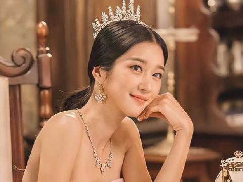 ''Điên nữ'' Seo Ye Ji hóa công chúa bánh bèo khiến Knet đổ rạp