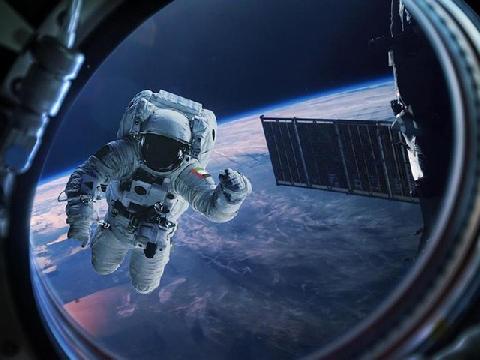 Bạn có thể sống sót bao lâu nếu bị mắc kẹt ngoài không gian?