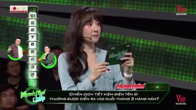 Thánh Tiếng Việt Hari Won bị cả Showbit cà khịa