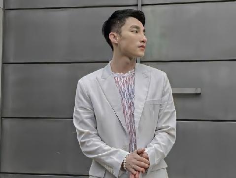 Sơn Tùng M-TP bất ngờ nhả hàng hit mới ''Một Mình Cô Đơn''
