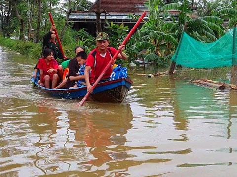 Nhiều vùng ở Quảng Trị bị cô lập, chưa thể tiếp cận