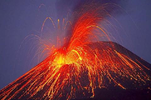 Thế giới bí ẩn của núi lửa dưới lòng biển nước Ý