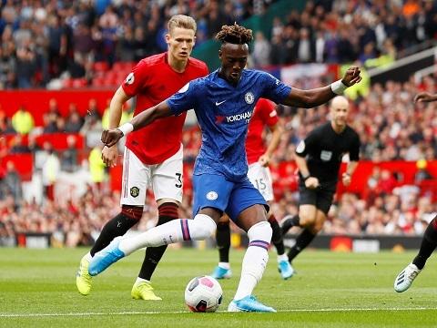 Chelsea và các bàn thắng 'chấn động' Old Trafford