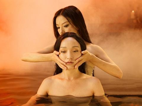 Cảnh tắm trần của Châu Tấn, Triệu Vy trong 'Họa Bì 2' tốn kém thế nào?