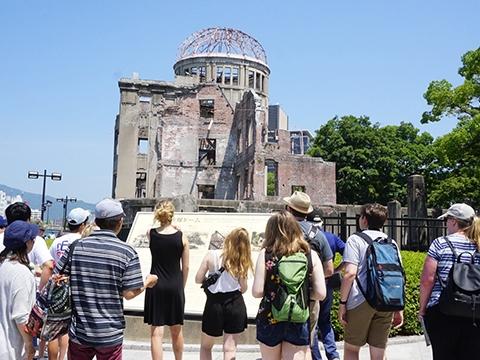 Du lịch nguyên tử - không phải ai cũng dám thử