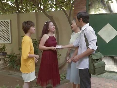 """Cười xỉu với clip cô Xuyến lấy chồng lần 5 trong """"Về Nhà Đi Con"""""""