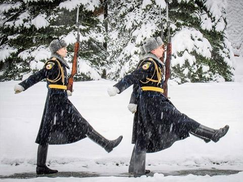 Tuyết rơi kỷ lục ở Moscow