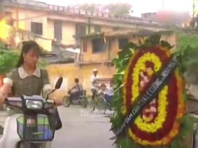 Cảnh phim Việt gây bão trên TikTok: Mừng đám cưới người yêu cũ bằng vòng hoa tang