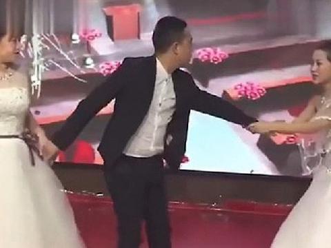 Người yêu cũ của chú rể mặc váy cô dâu lao vào lễ cưới xin nối lại tình xưa và những tình huống bi hài ngày cưới