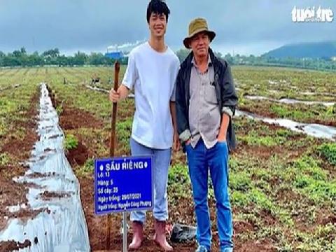 Công Phượng và dàn sao hóa 'nông dân' đi trồng sầu riêng cùng 'bầu' Đức