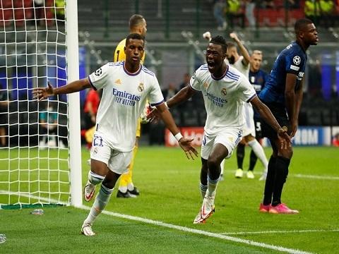 Inter 0-1 Real (Vòng bảng Champions League)